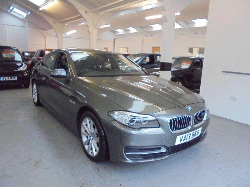 View BMW 5 SERIES 520D 2.0 SE AUTOMATIC 4 DOOR - SAT NAV - HEATED LEATHER